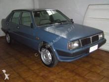 automobile berlina Lancia