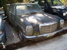 automobile berlina nuova