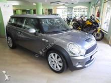 automobile familiare Mini