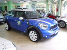 automobile 4x4 / SUV Mini