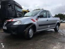 automobile pick up Dacia