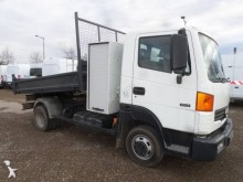 used Nissan tipper van