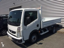 used Renault tipper van