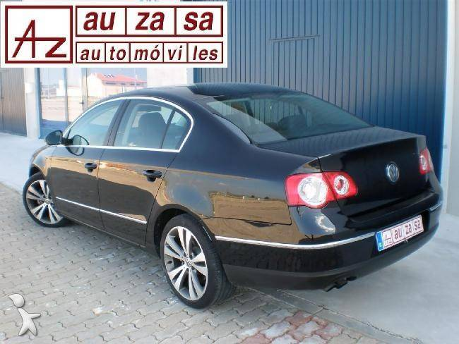 voiture citadine occasion volkswagen passat 2 0tdi 140 cv. Black Bedroom Furniture Sets. Home Design Ideas