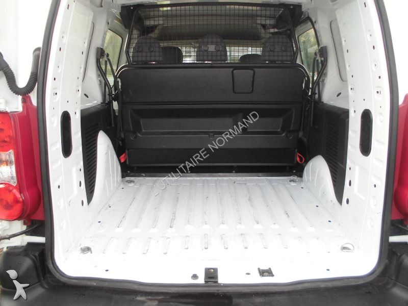 fourgon utilitaire peugeot partner double cab 5 places 1. Black Bedroom Furniture Sets. Home Design Ideas