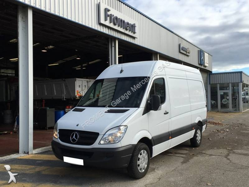 Fourgon utilitaire mercedes sprinter 213 cdi occasion n for Garage mercedes utilitaire
