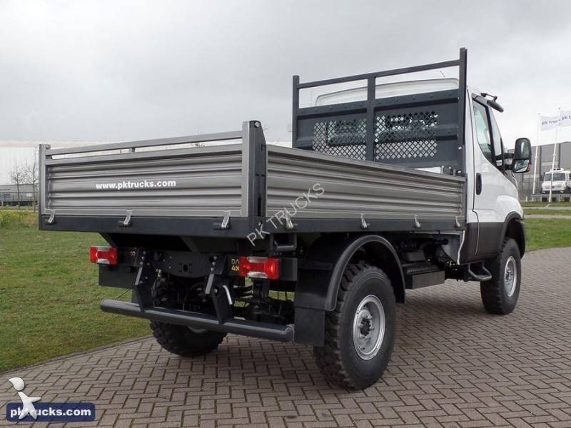 utilitaire plateau iveco ridelles daily 55s17w 4x4 neuf n 1633458. Black Bedroom Furniture Sets. Home Design Ideas