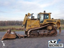 bulldozer Caterpillar D8R with Ripper