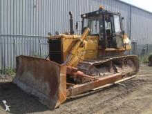 Komatsu D65E bulldozer