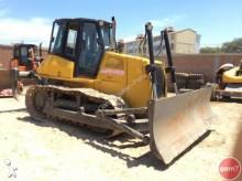 New Holland D180 bulldozer