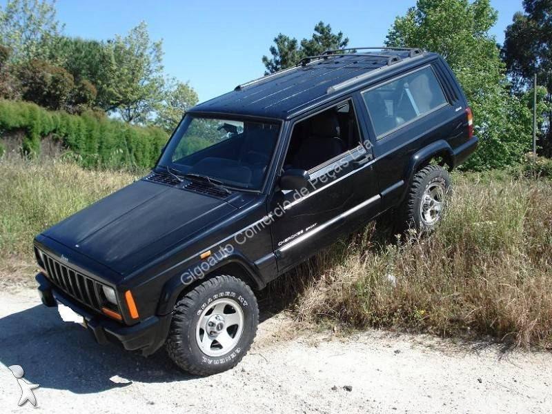 voiture 4x4 suv occasion jeep cherokee xj 2500td gazoil. Black Bedroom Furniture Sets. Home Design Ideas