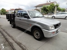 carro pick up Mitsubishi usado
