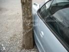 carro cabriolé Peugeot acidentado