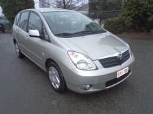 samochód monospace Toyota używany