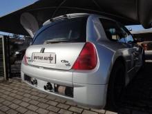 carro cupé Renault usado