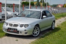 MG ZT car