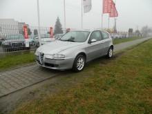 Alfa-Roméo 147 car