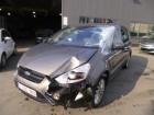 samochód Ford powypadkowy