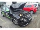 samochód kombi Audi powypadkowy