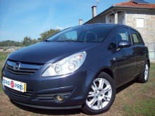 carro berlina Opel usado