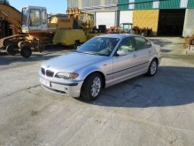 automobile BMW 320D