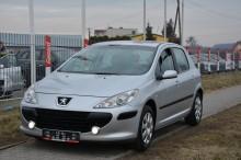 Peugeot 307 car