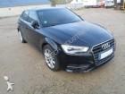 samochód osobowy Audi powypadkowy