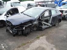automobile Volvo V40 D2 FAP STOP&START MOMENTUM