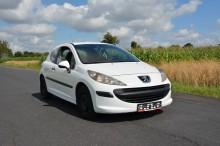 Peugeot 207 car
