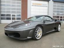 automobile Ferrari F430 spider V8 Cabrio