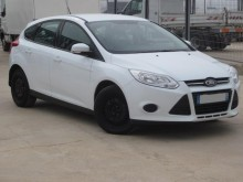 automobile Ford Focus TREND TDI 95CV