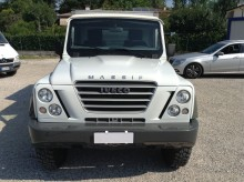 automobile Iveco Massif 30 hpt