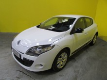 Renault Megane III (B95) 1.5 DCI 110CH FAP EXPRESSION EDC ECO² Auto