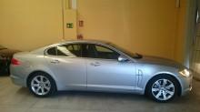 automobile Jaguar XF LUXURI