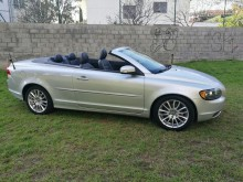 Volvo C70 2.0 TDI car