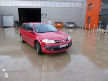 used Renault estate car