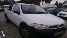 carro pick up Fiat usado