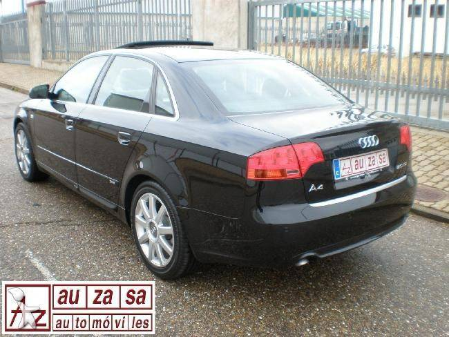 voiture citadine occasion audi a4 2 0tdi 170 cv s line plus gazoil annonce n 462117. Black Bedroom Furniture Sets. Home Design Ideas