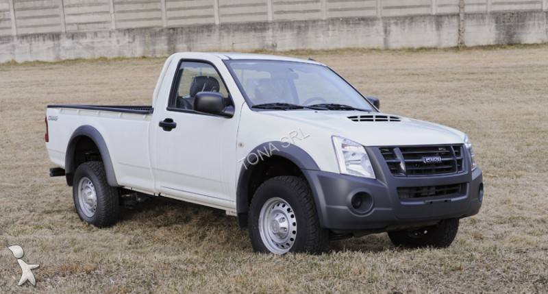 isuzu 4x4 prix neuf isuzu d max 2 5 crew cab 4x4 bva solar pick up cabine double janvier 2014. Black Bedroom Furniture Sets. Home Design Ideas