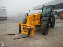 chariot élévateur de chantier JCB 528-70