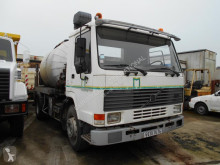 used Volvo sprayer road construction equipment