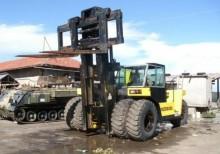 empilhador grande tonelagem de garfos LancerBoss usado