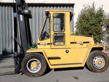 used Caterpillar heavy duty forklift