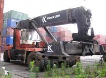 empilhador grande tonelagem de garfos Kalmar usado