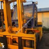 empilhador grande tonelagem de garfos Komatsu usado