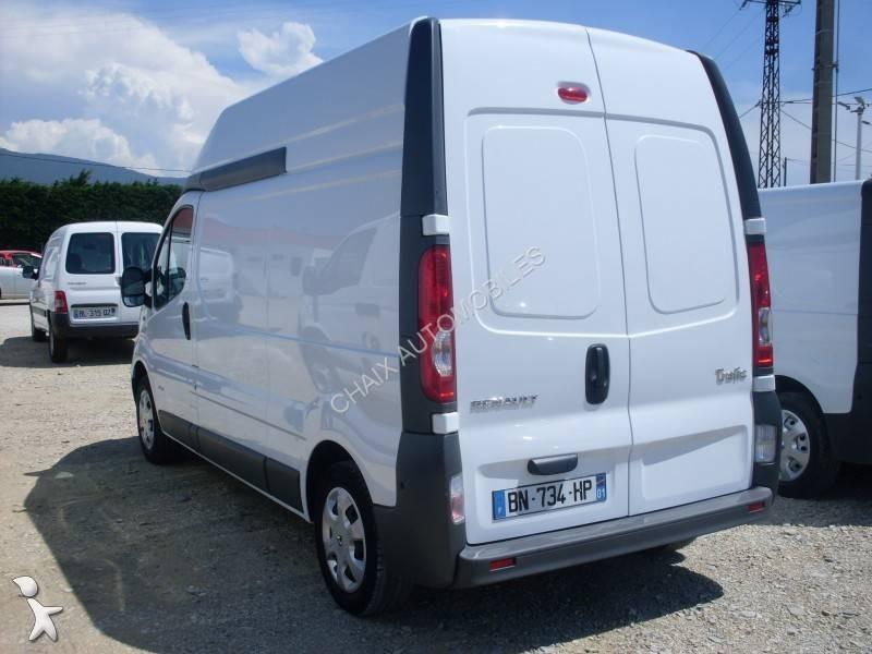furgone renault trafic l2h2 2 0l dci 115 cv usato n 1033400. Black Bedroom Furniture Sets. Home Design Ideas