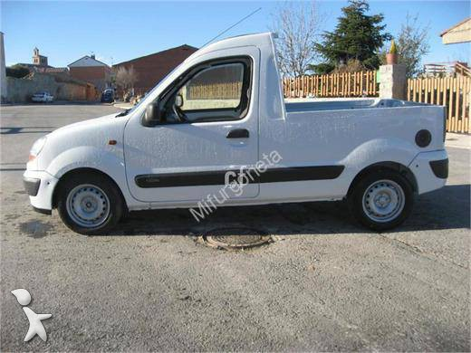 utilitaire plateau renault ridelles kangoo express 1 5 dci occasion n 1098475. Black Bedroom Furniture Sets. Home Design Ideas