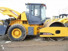 used XCMG single drum compactor