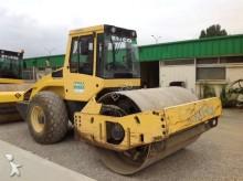compacteur Bomag BW 211 D-4
