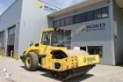 compactador monocilíndrico Bomag usado